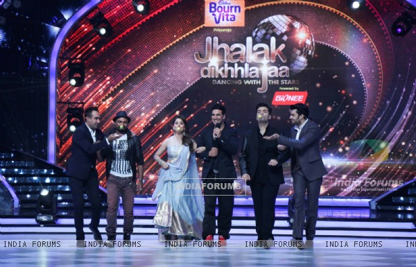 Akshay Kumar at the Promotions of Entertainment on Jhalak Dikhla Jaa