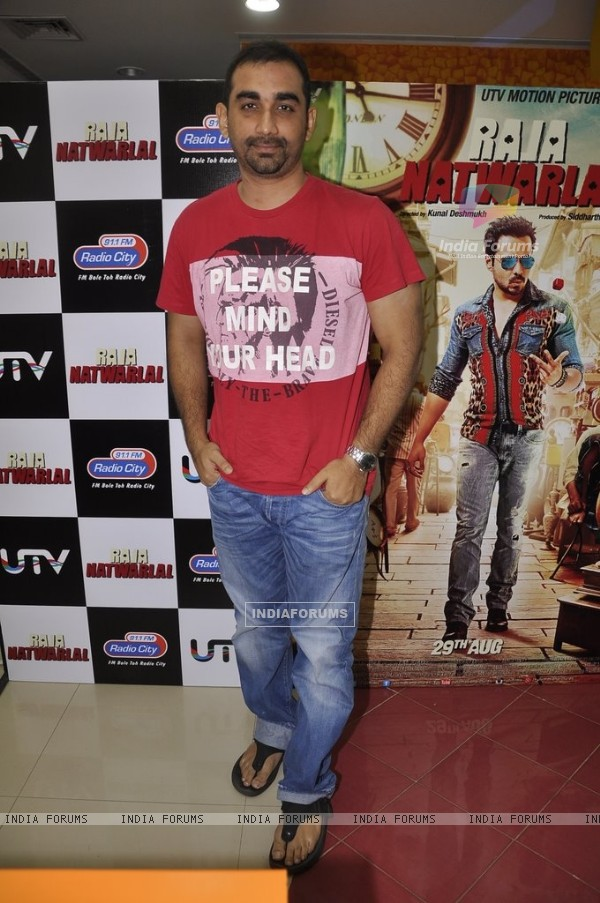 Kunal Deshmikh poses for the media at the Radio premier of 'Raja Natwarlal' on Radio City 91.1FM