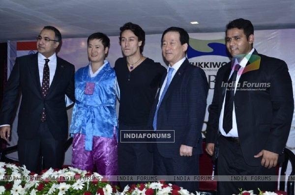 Tiger Shroff with the organisers at his Kukkiwon Award Ceremony