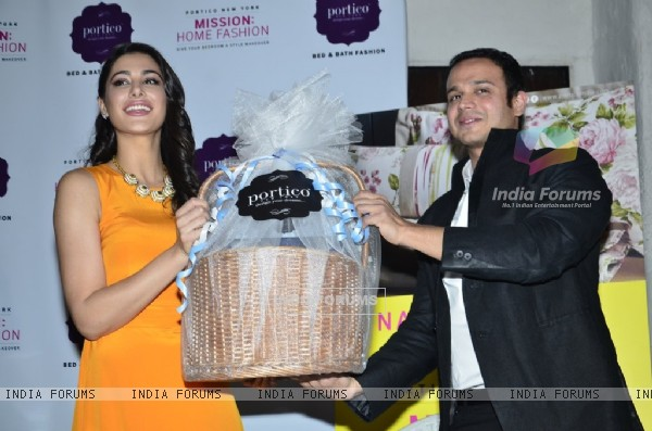 Nargis Fakri Felicitated at the Portico New York, Mission Home Fashion Event