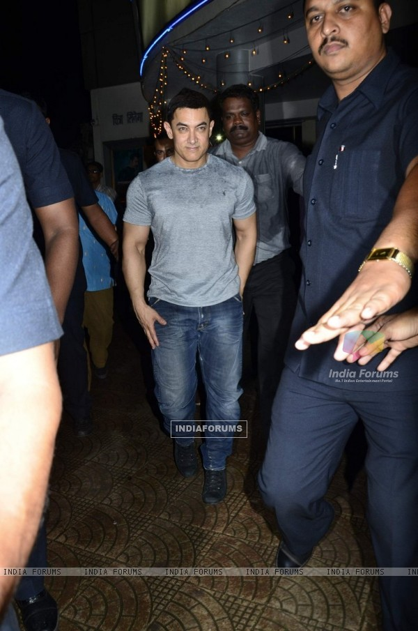 Aamir Khan was spotted at the Premiere of Makrand Deshpande's Saturday Sunday
