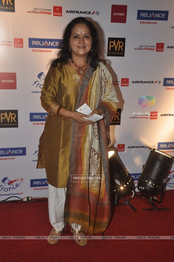 Himani Shivpuri at the Premiere of 100 Foot Journey hosted by Om Puri