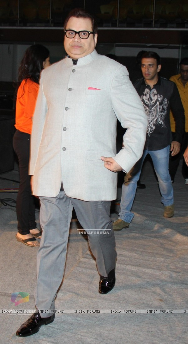 Ramesh Taurani was at the Premiere of movie 'Entertainment'