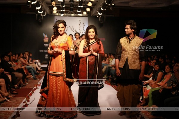 Richa Chadda and Nikhil Dwivedi walked with Archana Kochhar