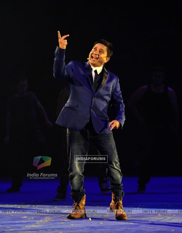 Sukhwinder Singh performs at the Launch of World kabaddi League in London