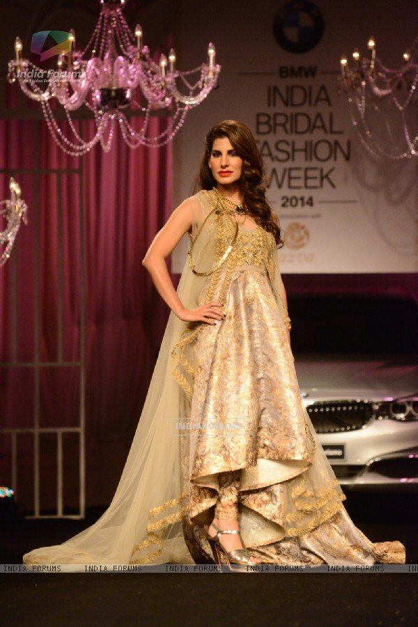 Showstopper Charu Sachd at Falguni & Shane Peacock's bridal show at Indian Bridal Fashion Week Day 3