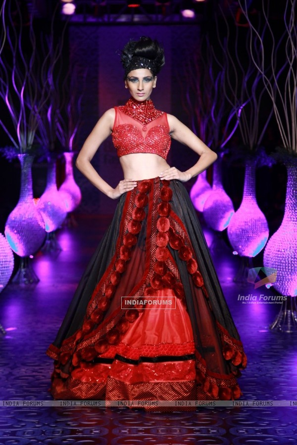 Model walks the Ramp at the Bangalore Fashion Week Day 1