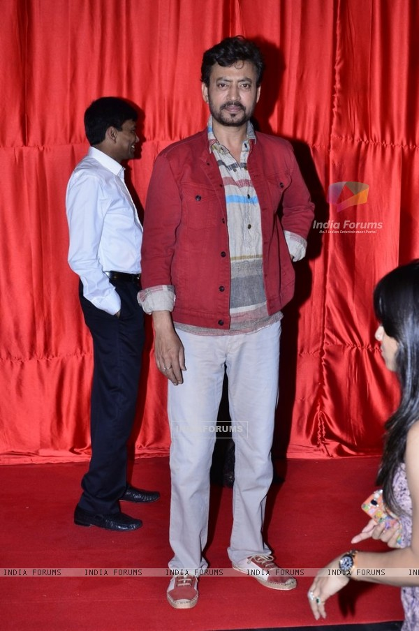 Irrfan Khan poses for the media at the Trailer Launch of Ekkees Topon Ki Salaami