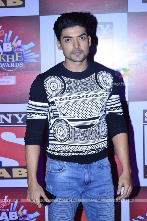 Gurmeet Choudhary was at the SAB Ke Anokhe Awards