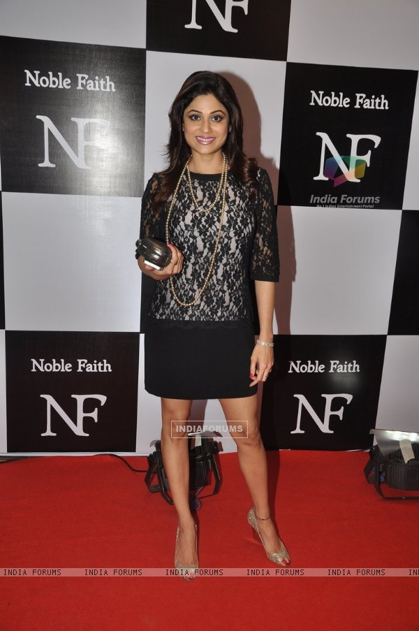 Shamita Shetty poses for the media at the Birthday Bash cum Launch