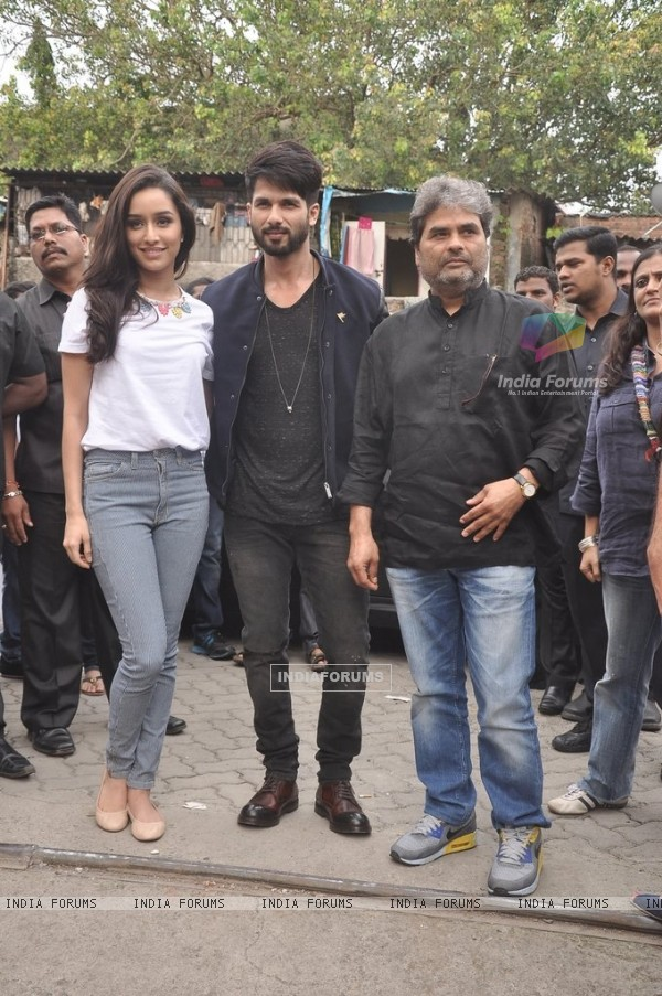 Shahid Kapoor, Shraddha Kapoor and Vishal Bharadwaj at the Promotion of Haider