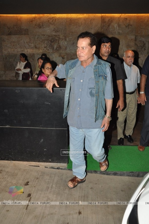 Salim Khan at the Screening of Singham Returns