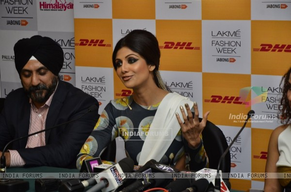 Shilpa Shetty interacts with the media at Lakme Fashion Week