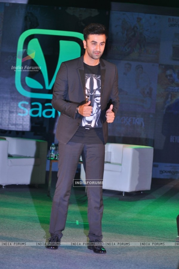 Ranbir Kapoor poses for the media at the Endorsement Launch of Saavn in India