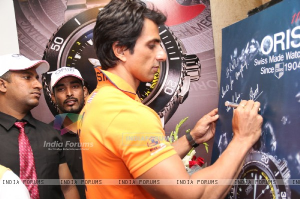 Sonu Sood signs his autograph at KWC Luxurio