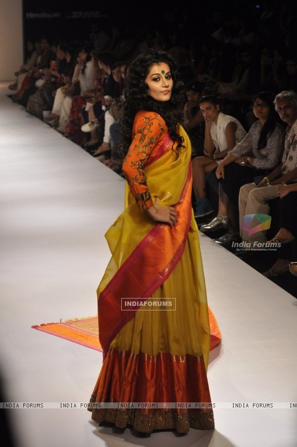 Taapsee Pannu walks the ramp for Gaurang at the Lakme Fashion Week Winter/ Festive 2014 Day 4
