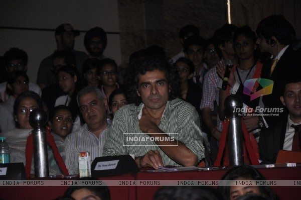Imtiaz Ali judging the competition at Jamnabai Narsee School's Cascade Festival