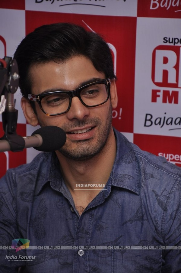 Fawad Khan snapped at the Promotions of Khoobsurat on 93.5 Red FM