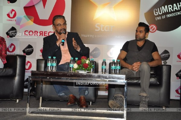 Kabir Bedi interacting with the audience at the Channel V Panel Discussion on Juvenile Justice Bill