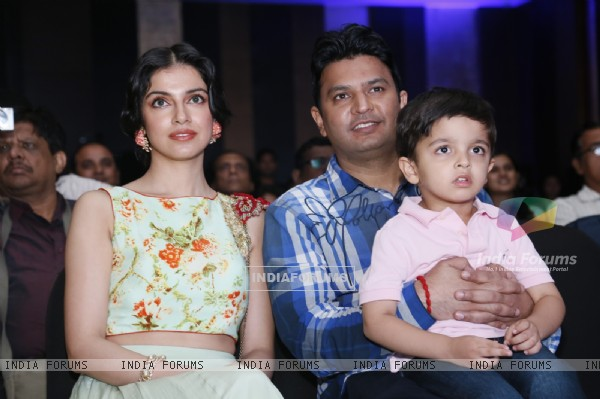 Bhushan Kumar and Divya Khosla with their son at the Launch of Desi Kalakaar