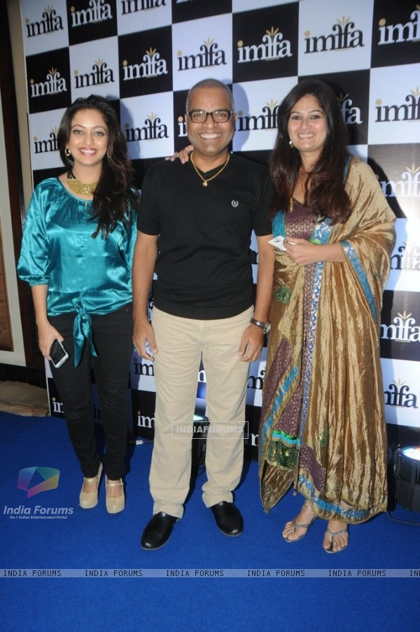 Bharat Jadhav poses with friends at IMFAA