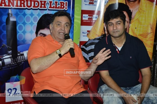 Rishi Kapoor interacts with the audience at Big FM Studio