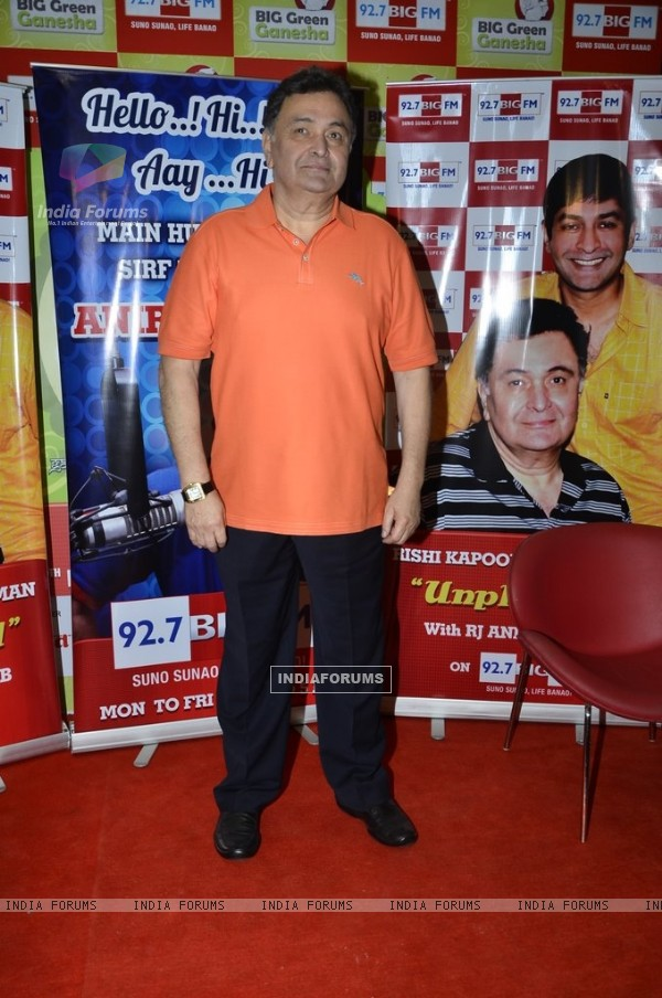 Rishi Kapoor poses for the media at Big FM Studio