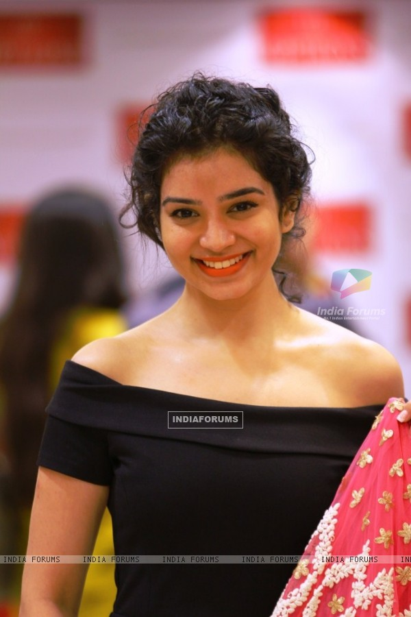 Sukirti Kandpal snapped at Option's Mall before the Telly Calender shoot in Jordan