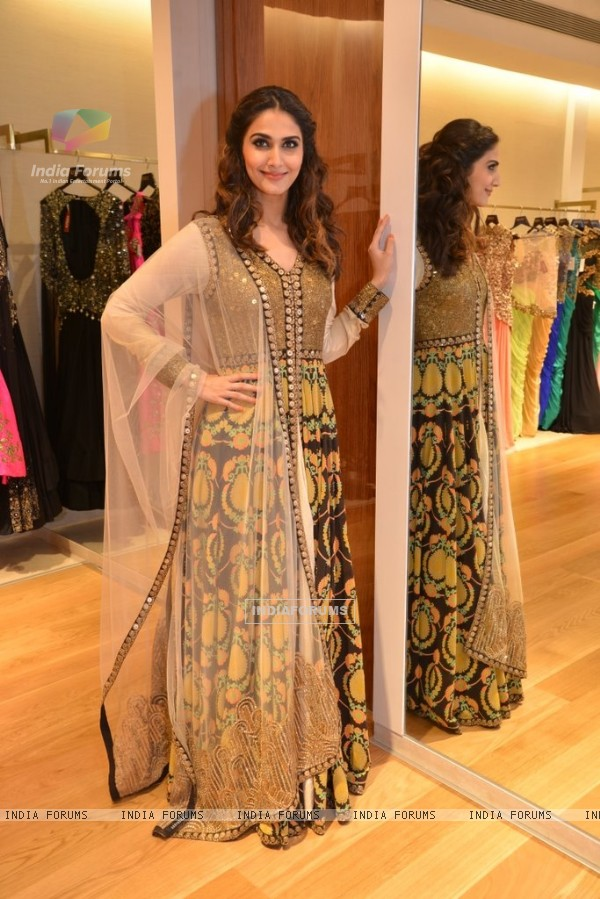 Vaani Kapoor was seen at the Aza Store Launch