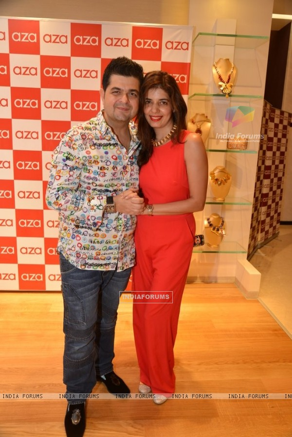Dabboo Ratnani and her wife at the Aza Store Launch
