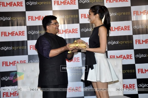 Shraddha Kapoor Launches the Latest Filmfare Issue