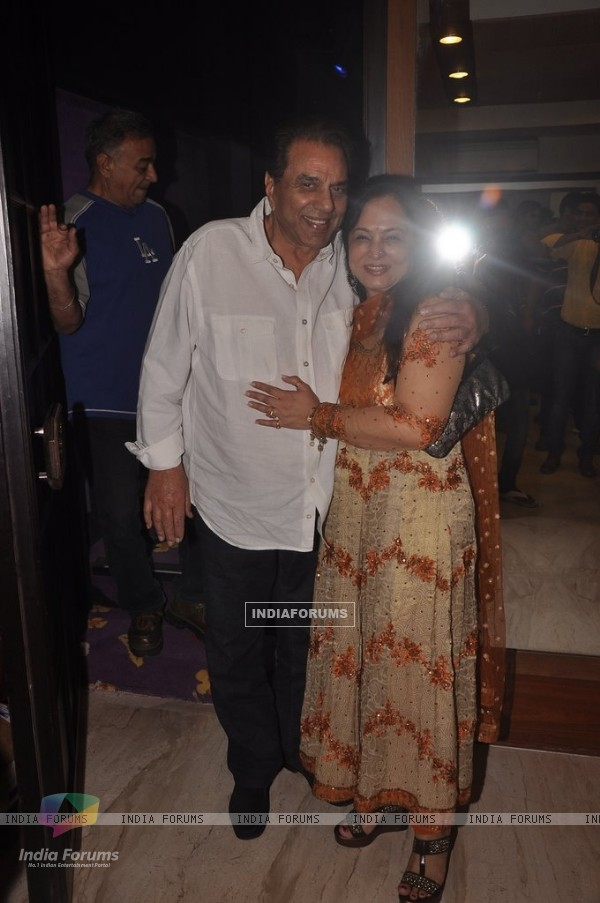 Dharmendra was at the Screening of Double Di Trouble