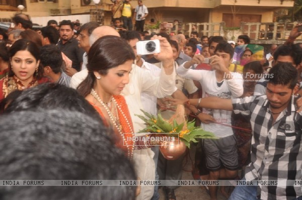 Shilpa Shetty snapped at the Visarjan of Lord Ganesha