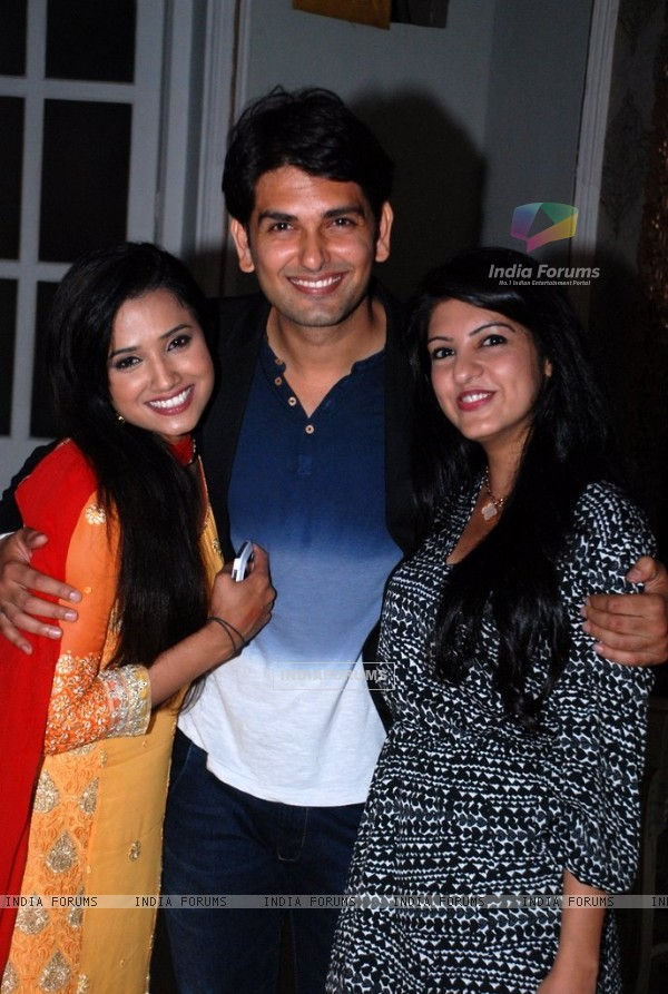 Rahul Sharma poses with Preeti Chaudhary and Amrita Prakash at the Press Meet of Ek Rishta Aisa Bhi