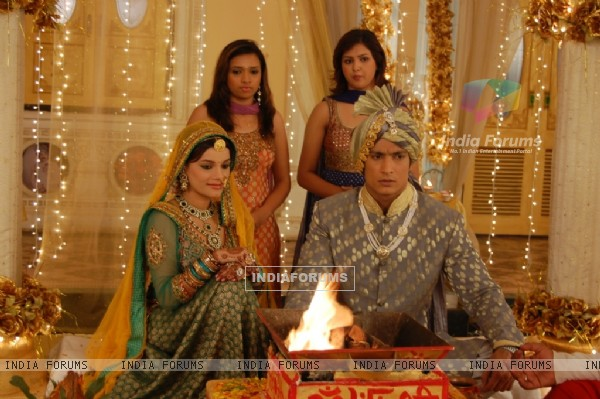 Yudhishtir and Bhoomi in Raja Ki Ayegi Baraat