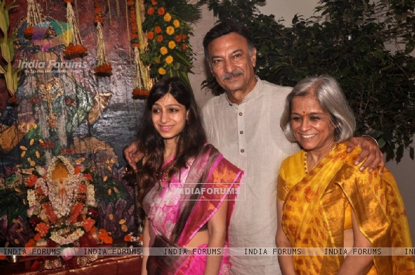 Suresh Oberoi with his wife at the Visarjan of Lord Ganesha