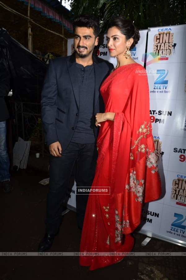 Deepika Padukone and Arjun Kapoor Promote Finding Fanny on India's Best Cine Stars Ki Khoj