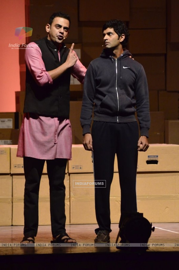 Cyrus Sahukar and Purab Kohli at their Play