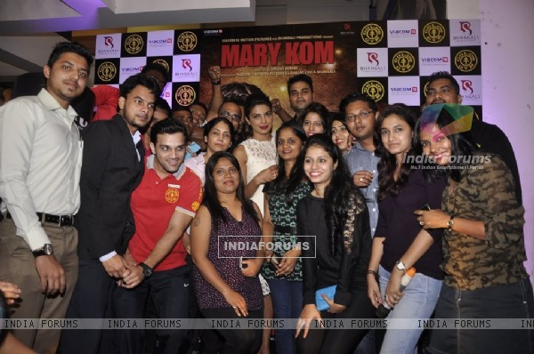 Promotions of Mary Kom at Gold's Gym