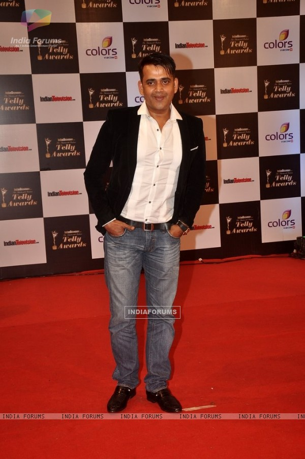 Ravi Kissen was at the Indian Telly Awards