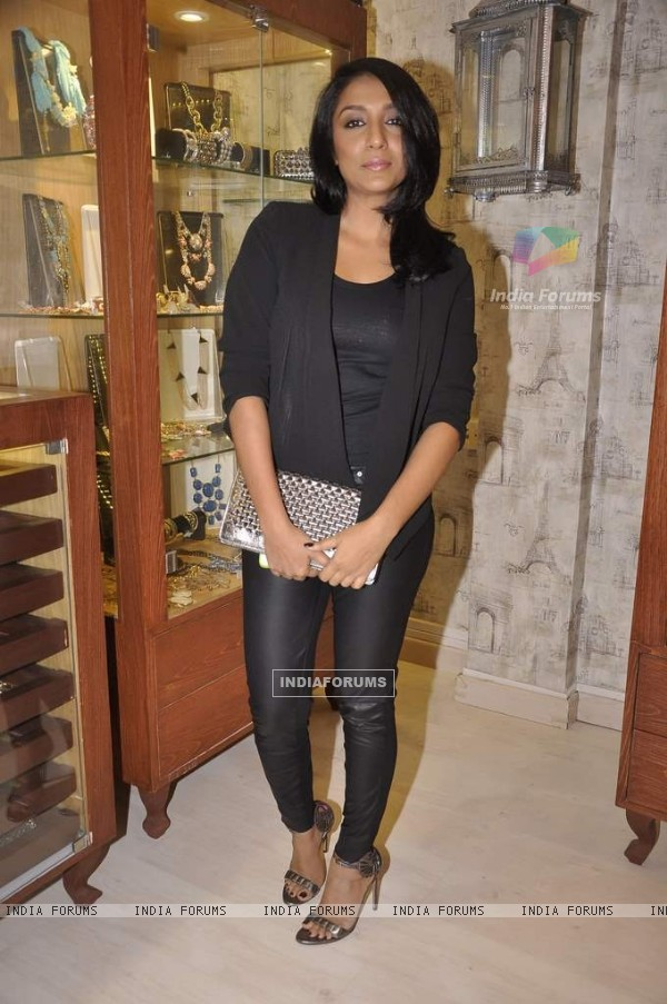 Shveta Salve was seen at Bansri Mehta's Jewellery Exhibition