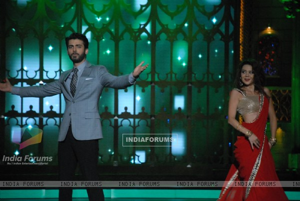 Promotions of Khoobsurat on India's Best Cine Stars Ki Khoj