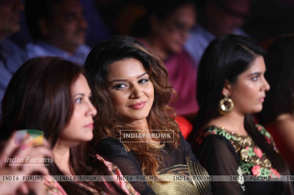 Aashka Goradia was snapped at Gujrati Jalso 2014 in Schon by Sakshee Pradhan