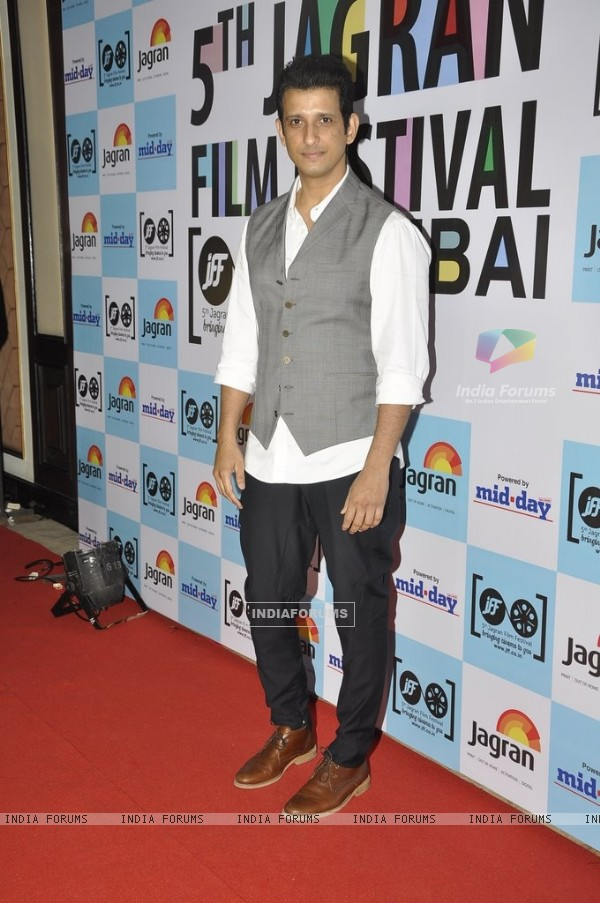 Sharman Joshi poses for the media at 5th Jagran Film Festival Mumbai
