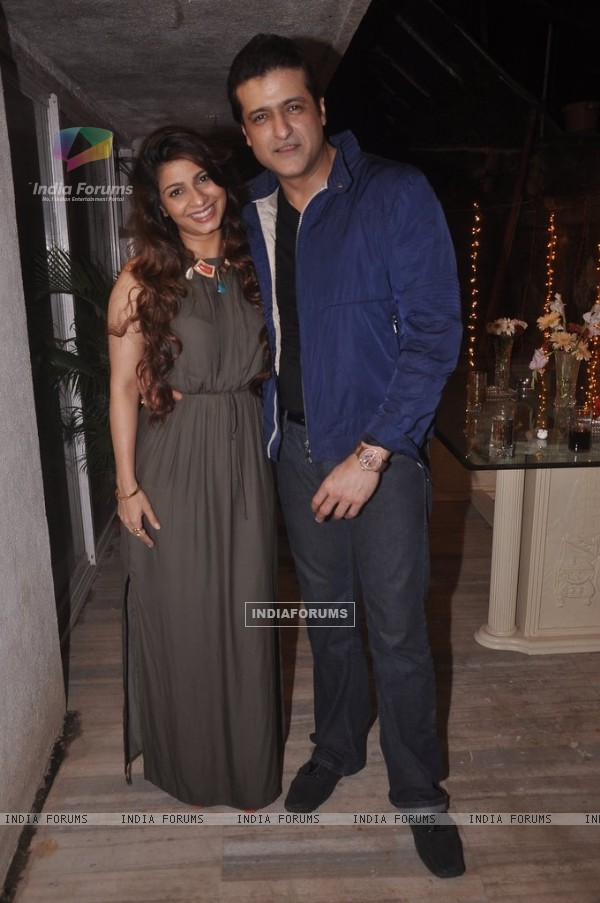 Tanishaa Mukerji poses with Armaan Kohli at Rajkumar Kohli's Birthday Bash