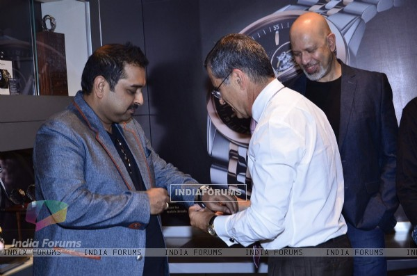 Shankar Mahadevan tries a watch at the Launch of Raymond Weil Store