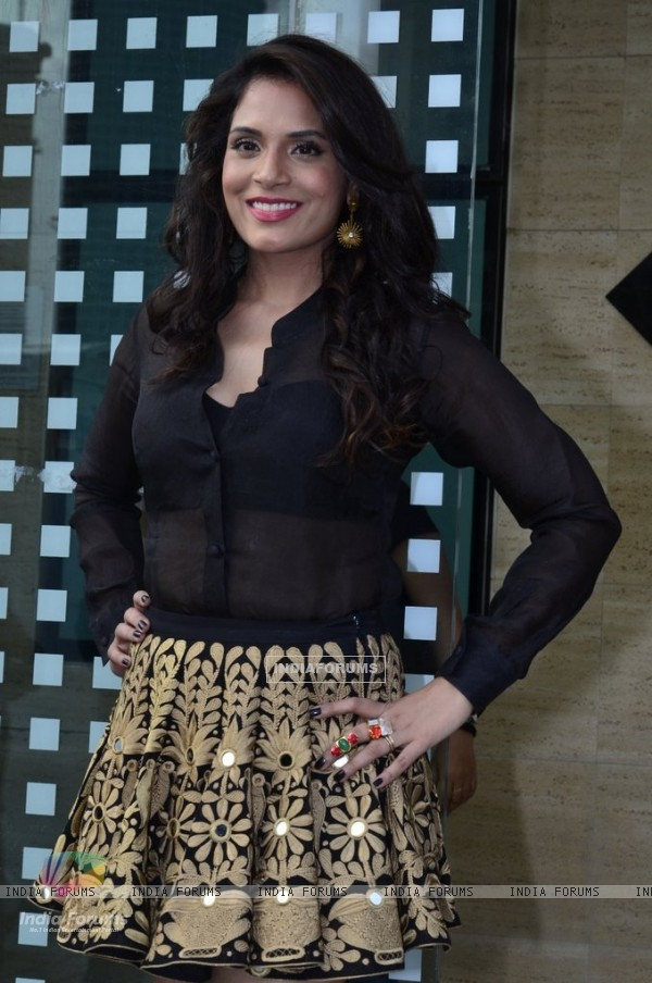 Richa Chadda poses for the media at the Promotions of Tamanchey