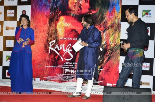 Sunidhi Chauhan performs at the Music Launch of Rang Rasiya