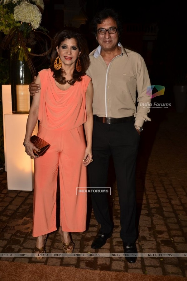 Talat Aziz and Bina Aziz pose for the media at Simone Khan Store Launch
