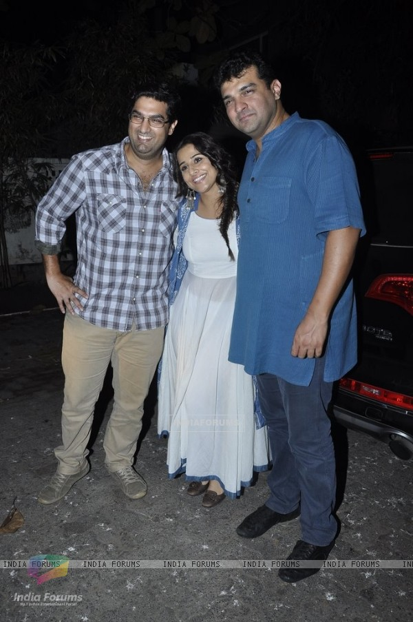 Kunal Roy Kapoor poses with Vidya Balan and Siddharth Roy Kapur at the Special Screening of Haider